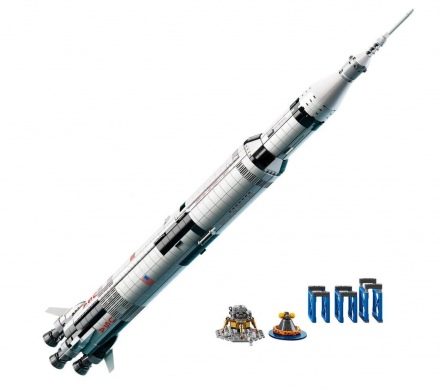lego-apollo-project-saturn-v-launch-vehicle-12749-2021-2-15