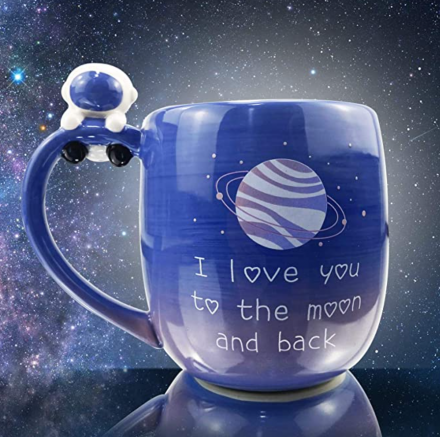 lavezee-creative-moon-mug-1699-the-astronaut-is-super-cute-2021-4-21